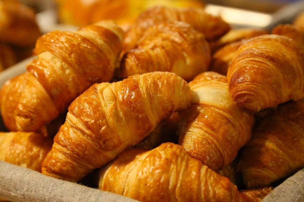 colazione-a-buffet-hotel-stella-alpina